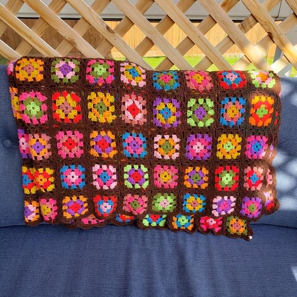 GRANNY SQUARE Handmade Blanket Vintage